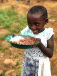 """Programul """"Mâini Hrănitoare"""" pentru copiii din Rubuguri"""